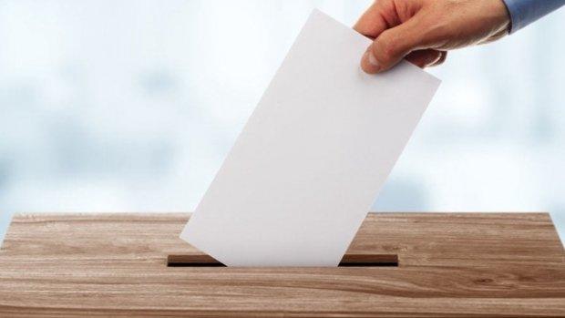 2019 Yerel Seçimleri Seçim Anketi | İstanbul'da hangi parti kazanır?