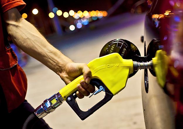 Motorin fiyatlarına 7-9 kuruş arasında zam!