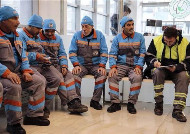 Taşeron işçilerin kadroya alınmasını sağlayacak sınav nasıl ve ne zaman yapılacak - Geçme notu kaç puan