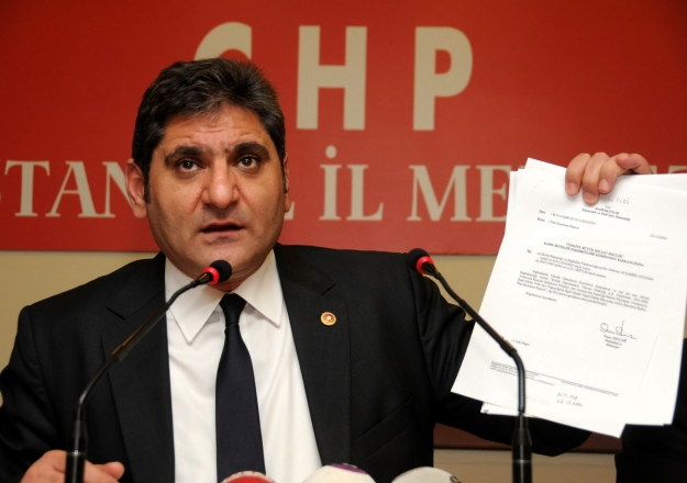 CHP'den İstanbul'da bir aday daha: Aykut Erdoğdu