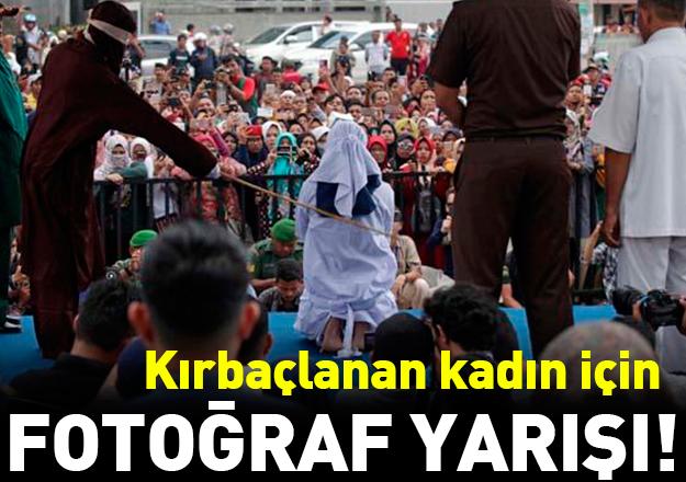 Endonezya'da kadınlar kırbaçlanacak hemcinsi için fotoğraf yarışına girdi