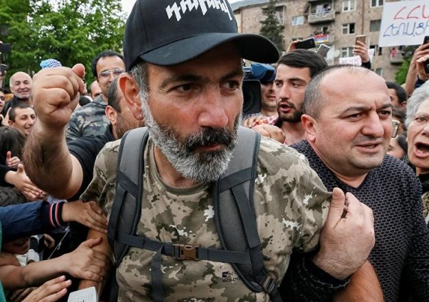 Ermenistan'dan Paşinyan başbakan seçildi