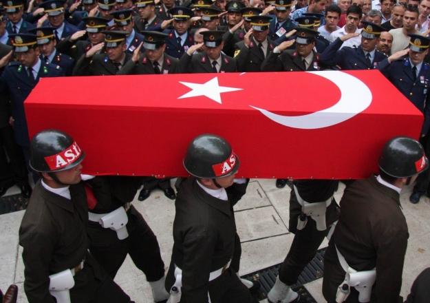 Hakkari Çukurca'da hain saldırı: 1 asker şehit 4 asker yaralı