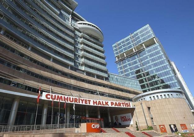 CHP'de 'olağanüstü kongre' hareketliliği