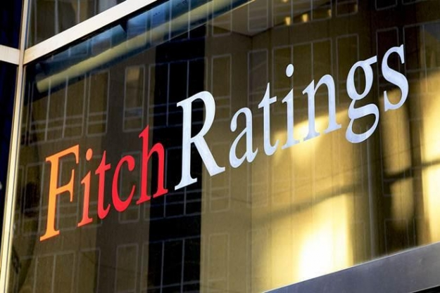 Fitch Türkiye'nin kredi notunu düşürdü, görünümünü negatife çevirdi