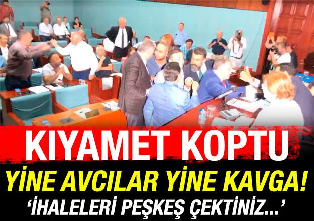 Avcılar Belediye Meclisi'nde kıyamet koptu!