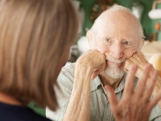 Alzheimer 25 yıl önceden geliyor