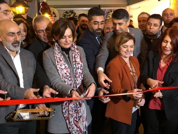 Türkiye'nin ilk 7 yıldızlı cafesi Avcılar'da açıldı