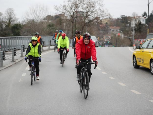 Bisikletli başkan