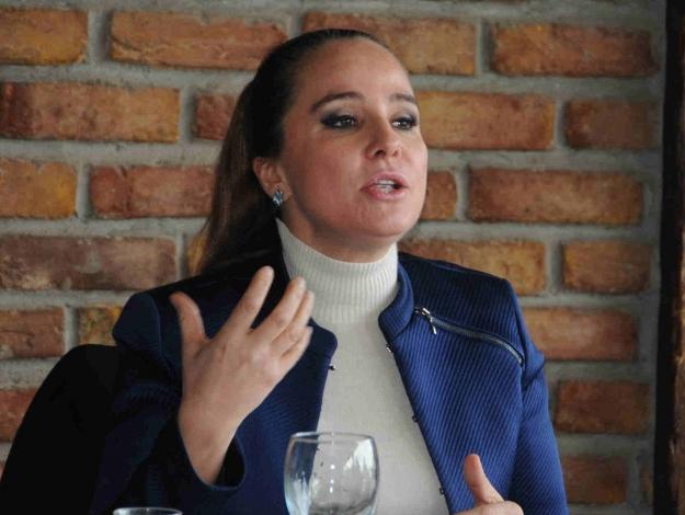 CHP'nin kadınları birbirine düştü!