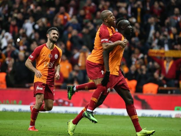 Galatasaray zirvede