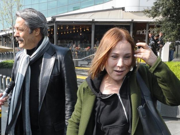 Kadir İnanır Türkan Şoray sorusundan kaçtı!