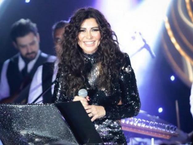 Selen Görgüzel'e ilk konserinde tam not