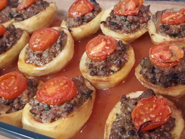 Gelinim Mutfakta patatesli karnıyarık nasıl yapılır? Tarifi ve malzemeleri nedir?