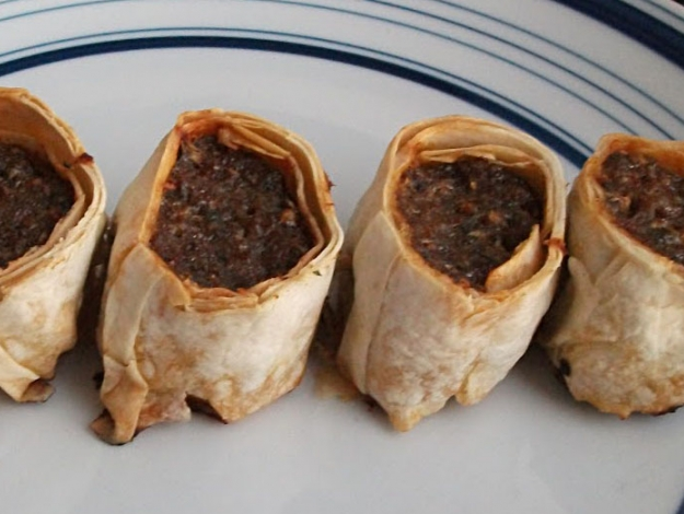 Gelinim Mutfakta Yufkalı rulo köfte nasıl yapılır? Tarifi ve malzemeleri nedir?