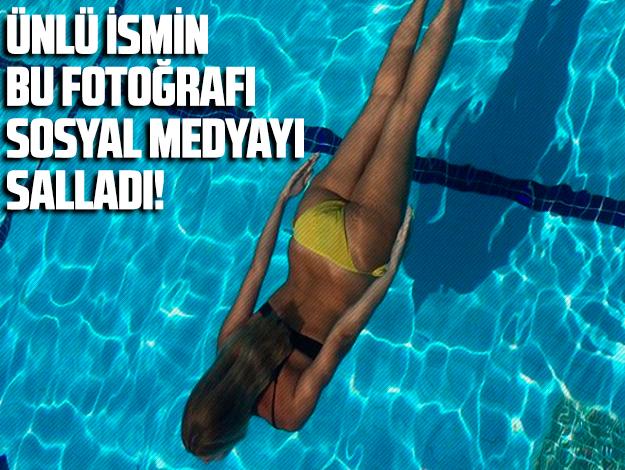 Zeynep Mansur da Instagram'da bikinili fotoğrafını yayınladı! Sosyal medya yıkıldı