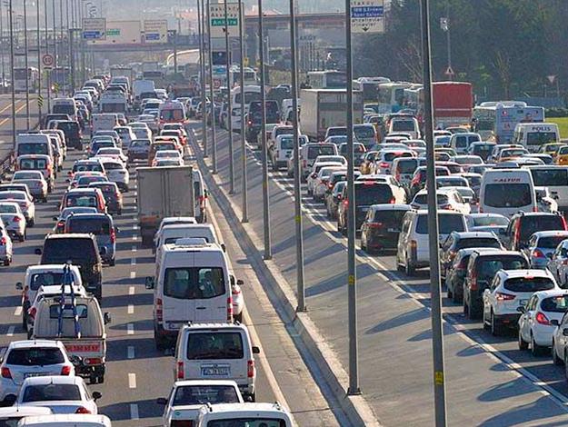 Bayramda trafikteki hız yüzde 183 artıyor