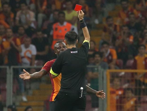 Galatasaray'a var Fenerbahçe'ye yok!