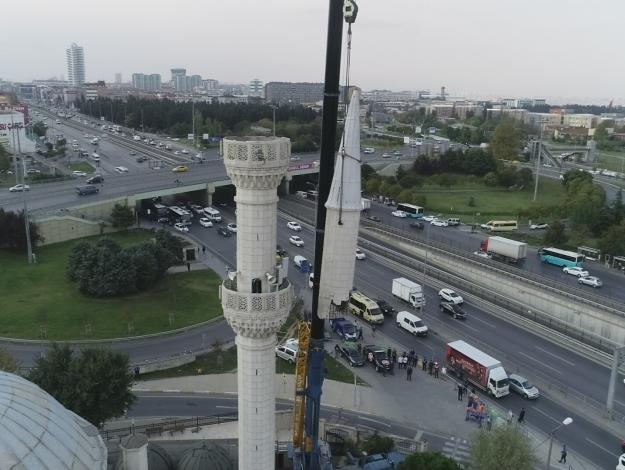 Minareler traşlandı