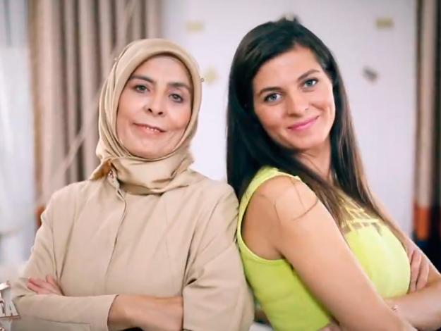 Zuhal Topal'la Sofrada Çağla Mahmutoğlu ve kaynanası Hatice kimdir