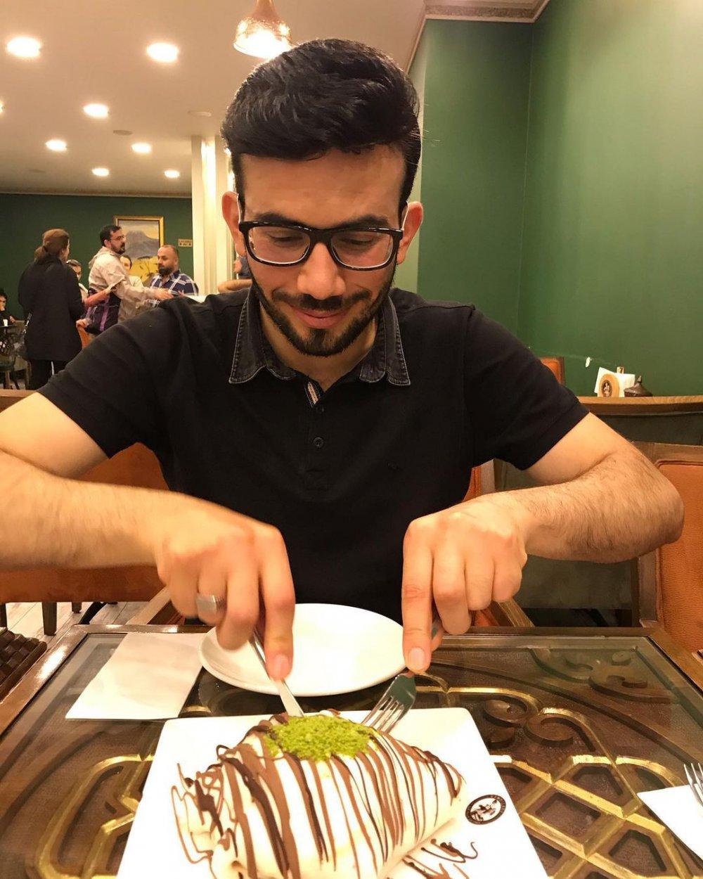 Zuhal Topal'la Yemekteyiz Alaa Abed