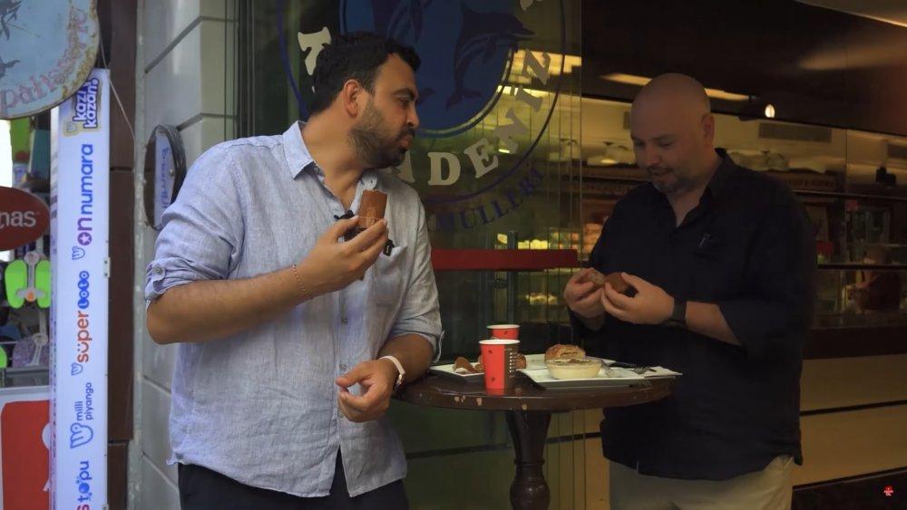 Ayaküstü lezzetler Bodrum Tarihi Yunuslar Karadeniz Fırını