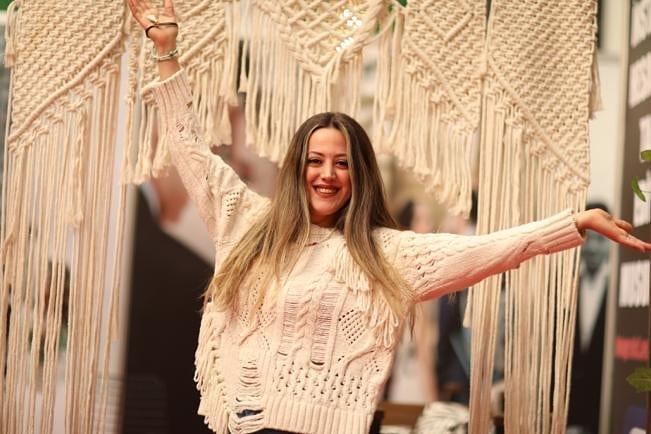 Zuhal Topal'la Sofrada Meryem Pınar Güler