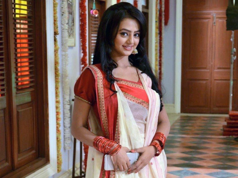 Helly Shah (Swara Sanskaar Maheshwari)