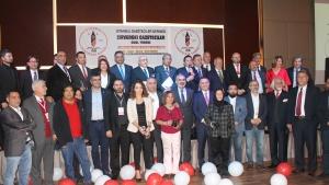 İstanbul Gazeteciler Derneği Zirvedeki Gazeteciler Ödülleri sahiplerini buldu