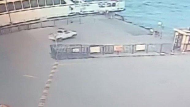 Denize uçan araç güvenlik kamerasında