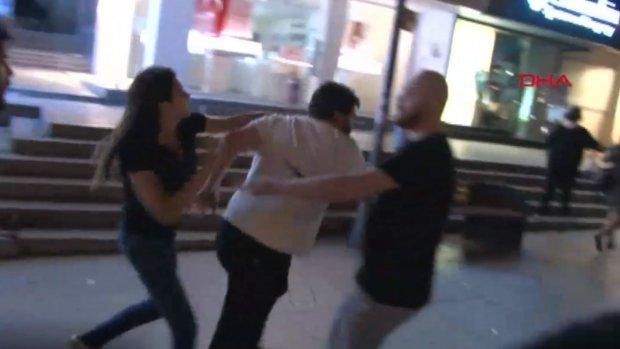 Bağdat Caddesi'nde Galatasaray taraftarlarına saldırı