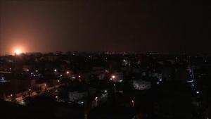 İsrail'in Gazze'ye hava saldırılarında 3 Filistinli şehit oldu